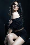 Foto romântica do estilo de um brunette bonito fotografia de stock royalty free