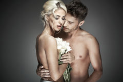 Foto romantica delle coppie nude fotografia stock