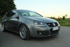 Foto` s av en Volkswagen Golf 5 och Volkswagen Golf 6 GTI Royaltyfri Foto