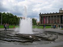 Foto's met van het landschaps achtergrond en ontwerp elementen van de fontein Royalty-vrije Stock Fotografie