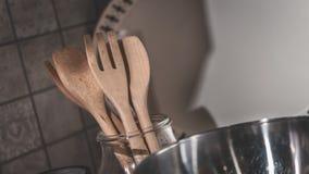 Foto stabilita dell'utensile da cucina di legno fotografia stock
