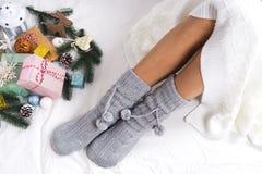 Foto suave de la mujer en la cama Foto de archivo libre de regalías