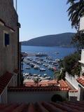 foto uit de hoogten van de citadel van Herceg-novi wordt genomen die stock fotografie