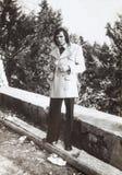 Foto 1970, uomo italiano d'annata di originale all'aperto Abbigliamento di modo Fotografie Stock Libere da Diritti