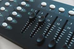 Foto van de analoge audiomixer stock afbeeldingen