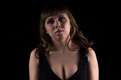 Foto van donkerbruine curvy vrouw stock foto