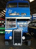 Foto van een bus eens in de dienst stock foto