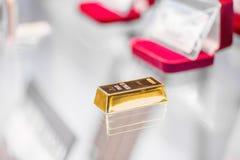 Foto van een gouden bar Stock Afbeeldingen
