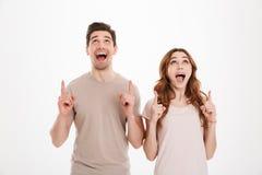 Foto van joyous mens en de vrouw die van mensenjaren '20 Europese appeara hebben Royalty-vrije Stock Fotografie