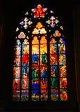 Foto van St Vitus Cathedral De Vensters van het gebrandschilderd glas royalty-vrije stock afbeeldingen