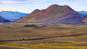 Foto van vulkanische bergen op IJsland stock foto's
