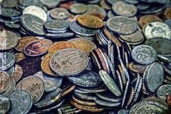 Foto velha com moedas velhas Fotos de Stock Royalty Free