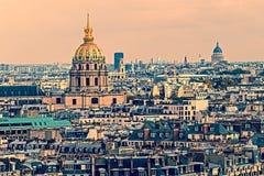 Foto vieja con la vista aérea de DES Invalids, París, Francia de la bóveda fotografía de archivo libre de regalías