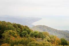 Foto von herbstlichen Ansichten von oben genanntem mit dem Meer Lizenzfreies Stockbild