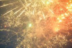 Foto von neues Jahr ` s Feuerwerken im Himmel Stockfotos