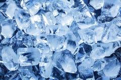 Foto von Würfeln des natürlichen Eises. Stockfotos