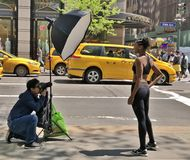 Fotoaufnahme in Allee New York City Fith Lizenzfreie Stockfotografie