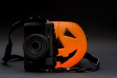 Fotocamera d'escroquerie de zucca de potiron et d'appareil-photo images libres de droits