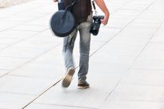 Fotograaf het lopen Royalty-vrije Stock Fotografie