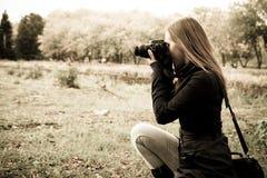 Fotograaf op de aard Royalty-vrije Stock Foto's