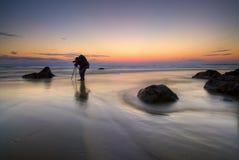 Fotograaf op Strand Stock Afbeelding