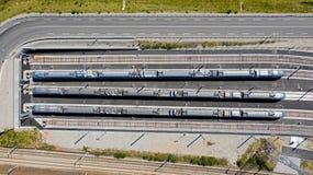 Fotograf?a a?rea de trenes en fila foto de archivo libre de regalías