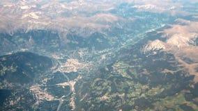 Fotografía aérea, valle de la montaña austria metrajes