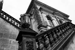 Fotografía blanco y negro Dresden en el centro de ciudad de Germany imagen de archivo