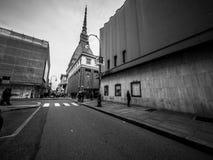 Fotografía de la calle de Turín Italia en blanco y negro Fotografía de archivo
