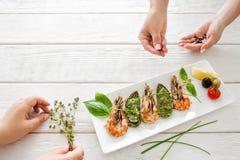 Fotografía de la comida entre bastidores, decoración de los mariscos Fotografía de archivo libre de regalías