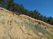 Fotografía de la ladera que muestra la erosión de suelo Fotos de archivo libres de regalías