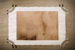 Fotografía de la vendimia en el álbum viejo, envejecido naturalmente Fotos de archivo libres de regalías