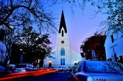 Fotografía de noche de la iglesia imágenes de archivo libres de regalías