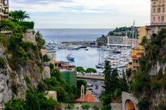 Fotografía de Urbanscape del puerto de Hercule en Mónaco fotos de archivo libres de regalías