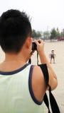 Fotograf bierze obrazek dziecko Zdjęcie Royalty Free
