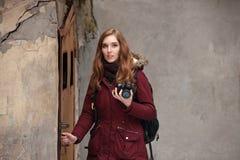 Fotograf som finner läge Arkivfoton