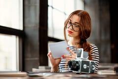 Fotograf Working Lizenzfreie Stockfotografie