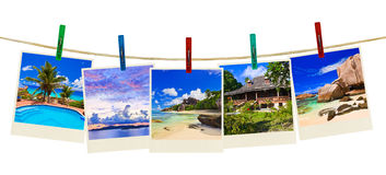 Fotografía de la playa de las vacaciones en clothespins Fotos de archivo libres de regalías