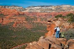 Fotografando o país vermelho da rocha de Sedona Fotos de Stock Royalty Free