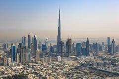 Fotografi Dubai horisontBurj Khalifa Downtown för flyg- sikt arkivbilder