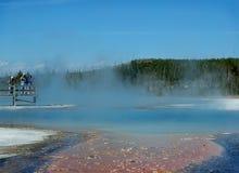 Fotografi e stagno del geyser Fotografia Stock