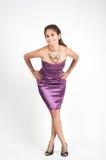 Fotografi för kvinnamodellstudio på den vita skärmen Arkivfoto