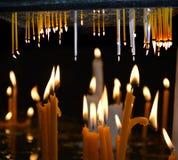 Fotografia abstrata da arte finala das velas da igreja fotos de stock royalty free