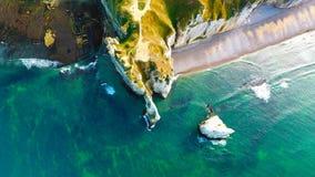Fotografia aerea delle scogliere di gesso bianche in Etretat Immagine Stock Libera da Diritti