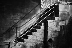 Fotografia in bianco e nero di un taglio di pietra della scala Immagine Stock Libera da Diritti