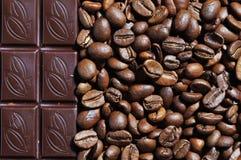 Fotografia czekoladowe i kawowe fasole textured tło Obraz Stock