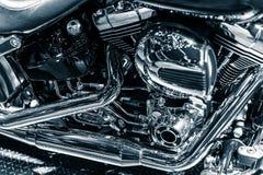 Fotografia da arte das tubulações de exaustão do motor do cromo da motocicleta Imagens de Stock Royalty Free