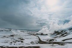 Fotografia del paesaggio di stordimento Islanda Viaggiando dai fiordi ghiacciati alle montagne nevose per ghiacciare le lagune Immagini Stock Libere da Diritti