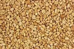 Fotografia descascada do alimento do fundo dos amendoins no estúdio Imagens de Stock
