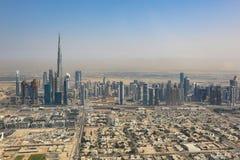 Fotografia di vista aerea di Burj Khalifa dell'orizzonte del Dubai Immagini Stock Libere da Diritti